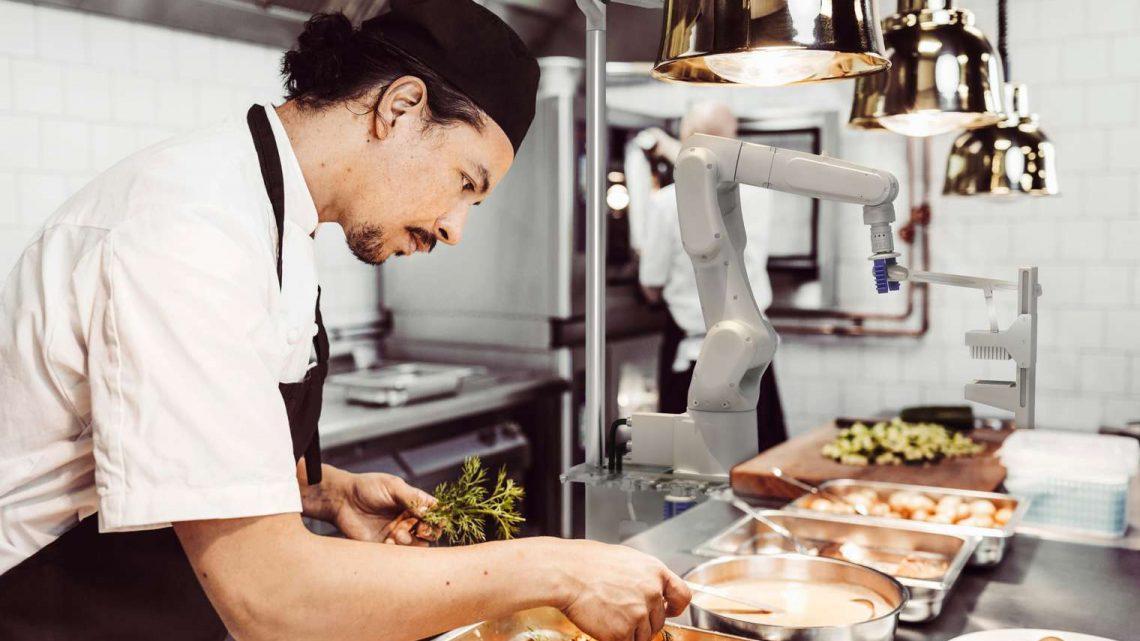 Miso Robotics und CaliGroup bieten neue Werkzeuge für bessere Gesundheitsstandards in Restaurants